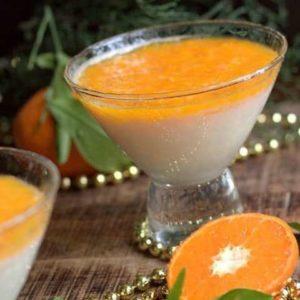 Panna cotta parfumé à la fleur d'oranger, marmelade de Mandarine